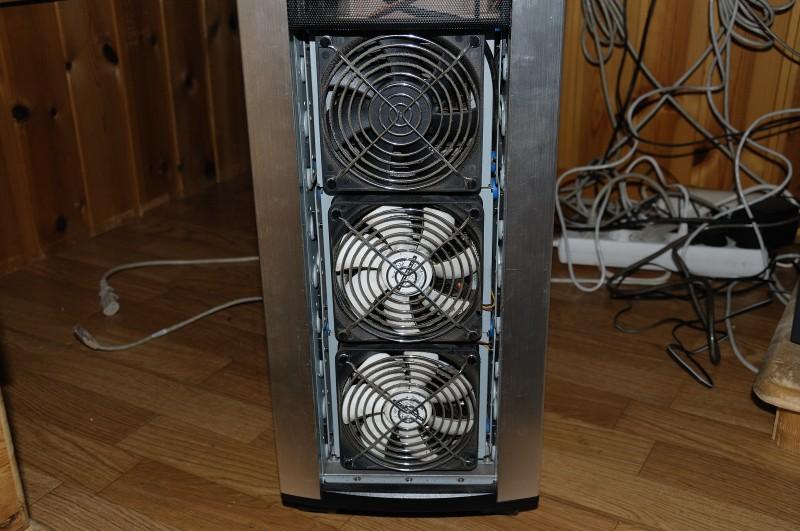 Scythe S-FLEX top fan, Nexus below