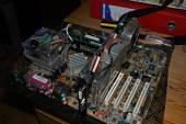 2600+, 1.5GB ram, 6800GT 256MB :D